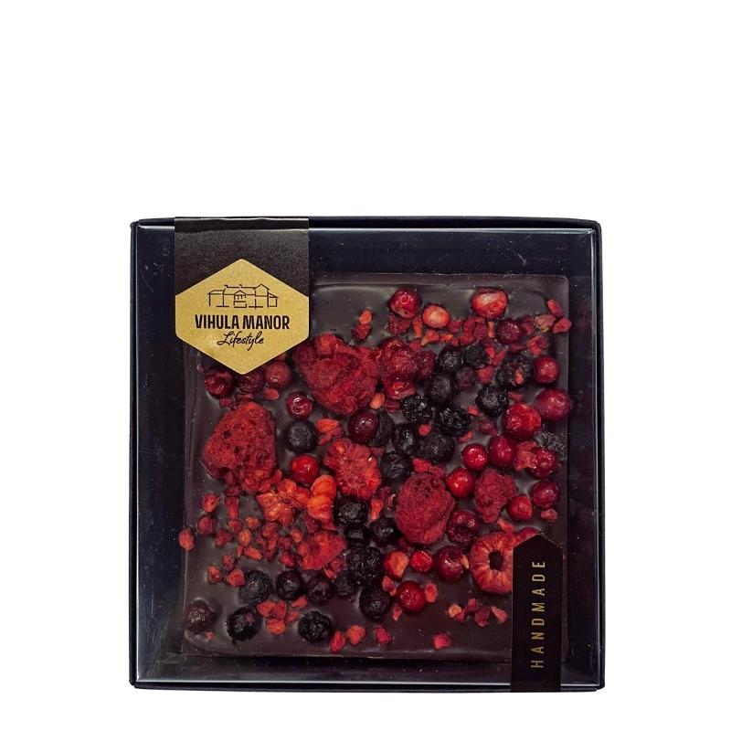šokolaaditahvel punaste marjadega